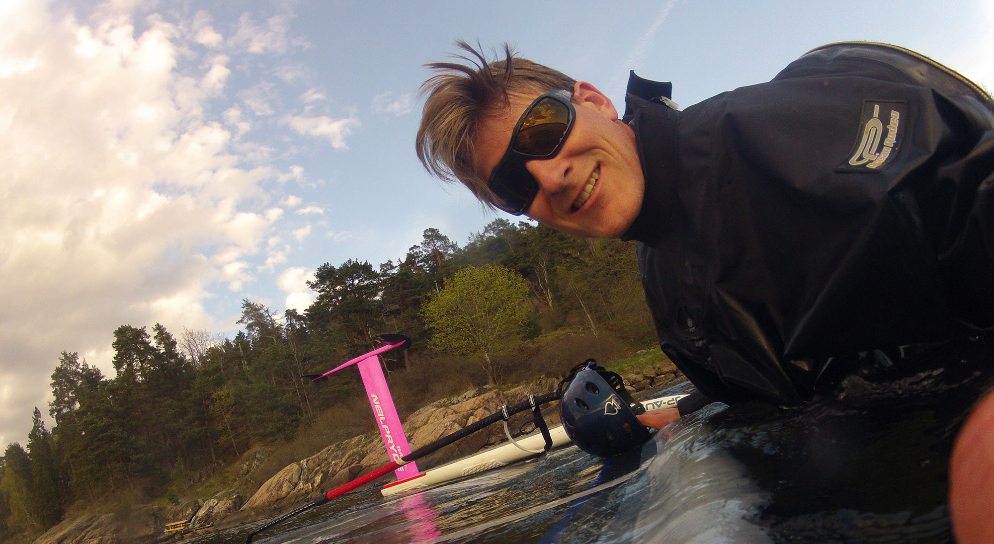 aa99dc88ad Romain Jourdan from Windfoil Zone testing LiP s Gloss Black Typhoon    Bronze lenses.