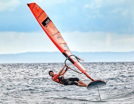 foil-windsurf